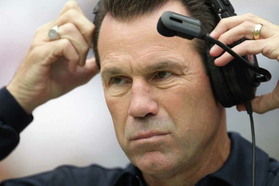 Gary Kubiak will don the headset as the Texans' head coach for the 100th time today. Photo: Karen Warren / © 2012  Houston Chronicle