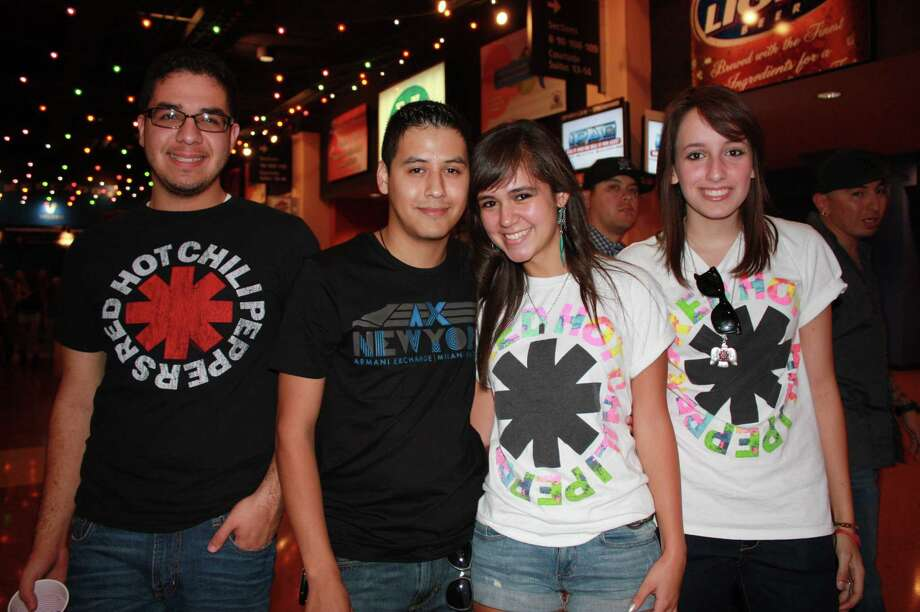 Fans rock out to the Red Hot Chili Peppers Saturday night, Sept. 29, 2012, at the AT&T Center. Photo: Yvonne Zamora,  MySA.com