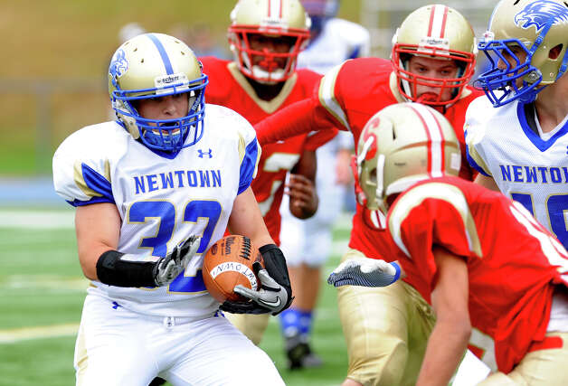 Football action between Stratford and Newtown in Stratford, Conn. on Saturday September 29, 2012. Photo: Christian Abraham / Connecticut Post
