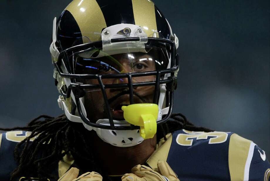 St. Louis Rams running back Steven Jackson before an NFL football game against the Seattle Seahawks Sunday, Sept. 30, 2012, in St. Louis. Photo: AP