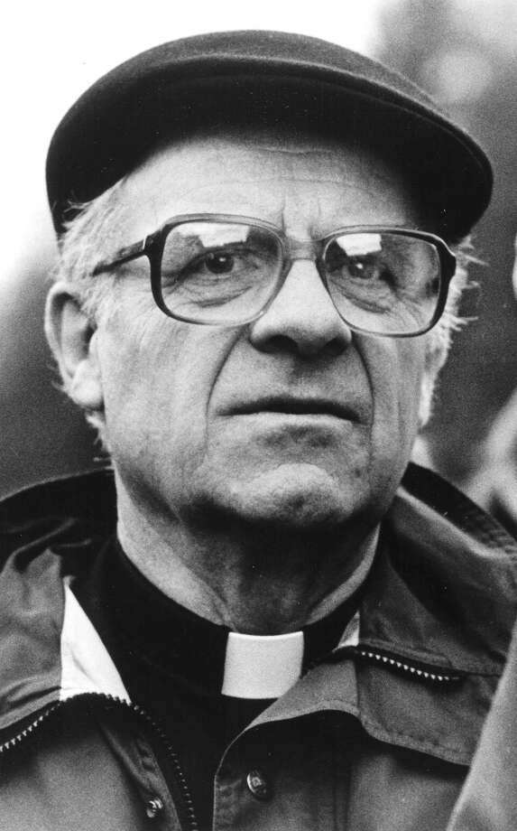 Seattle Archbishop Raymond Hunthausen is seen in this 1987 P-I file photo.