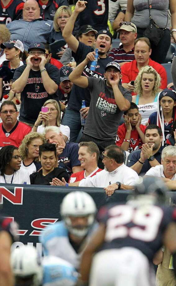 The crowd is fired up and loud as the Titans began a drive during the second quarter at Reliant Stadium on Sunday, Sept. 30, 2012, in Houston. Photo: Karen Warren, Houston Chronicle / © 2012  Houston Chronicle