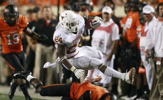 1. Texas (4-0, next week vs. West Virginia) — So much for David Ash's offensive liabilities problems — particularly as West Virginia's leaky defense looms next week. (Sue Ogrocki / Associated Press)