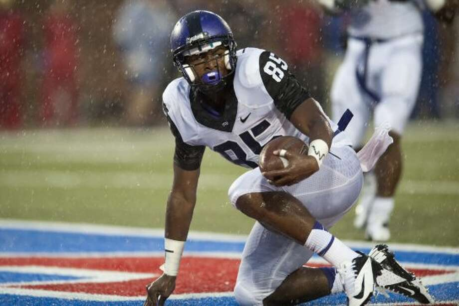 2. TCU (4-0, next week vs. Iowa State) — Horned Frogs defense looks to be settling into line like Patterson's previous units. The offense, however, was a different story against SMU.(Cooper Neill / Getty Images)