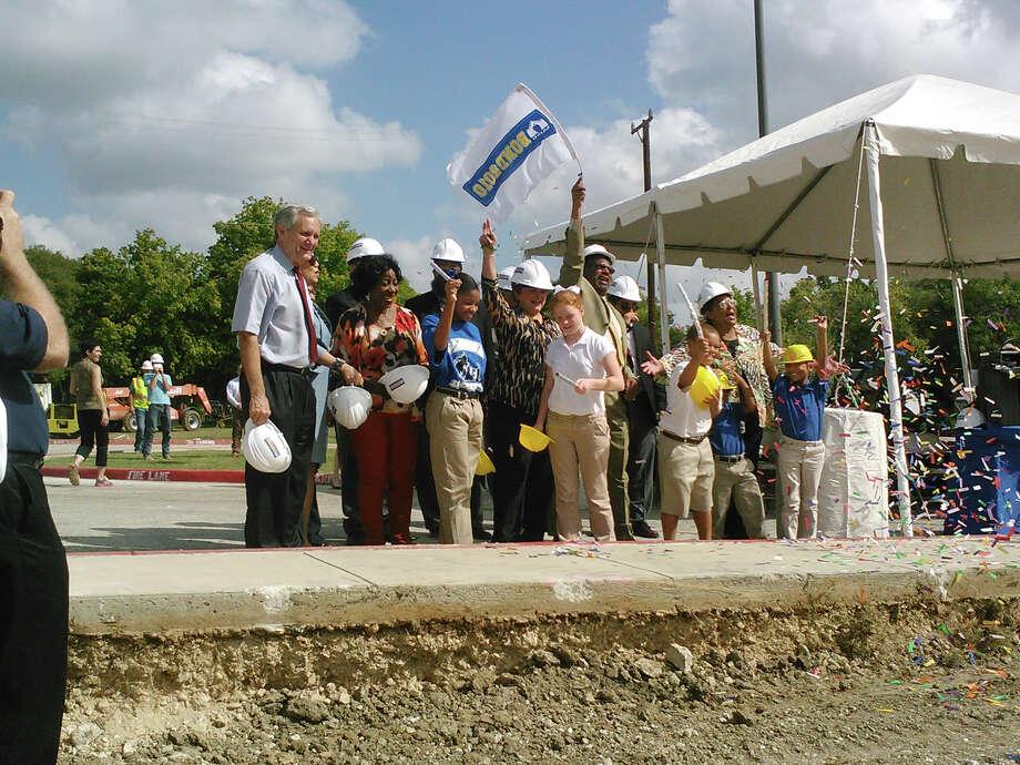 San Antonio Isd Kicks Off 22 Construction Projects San