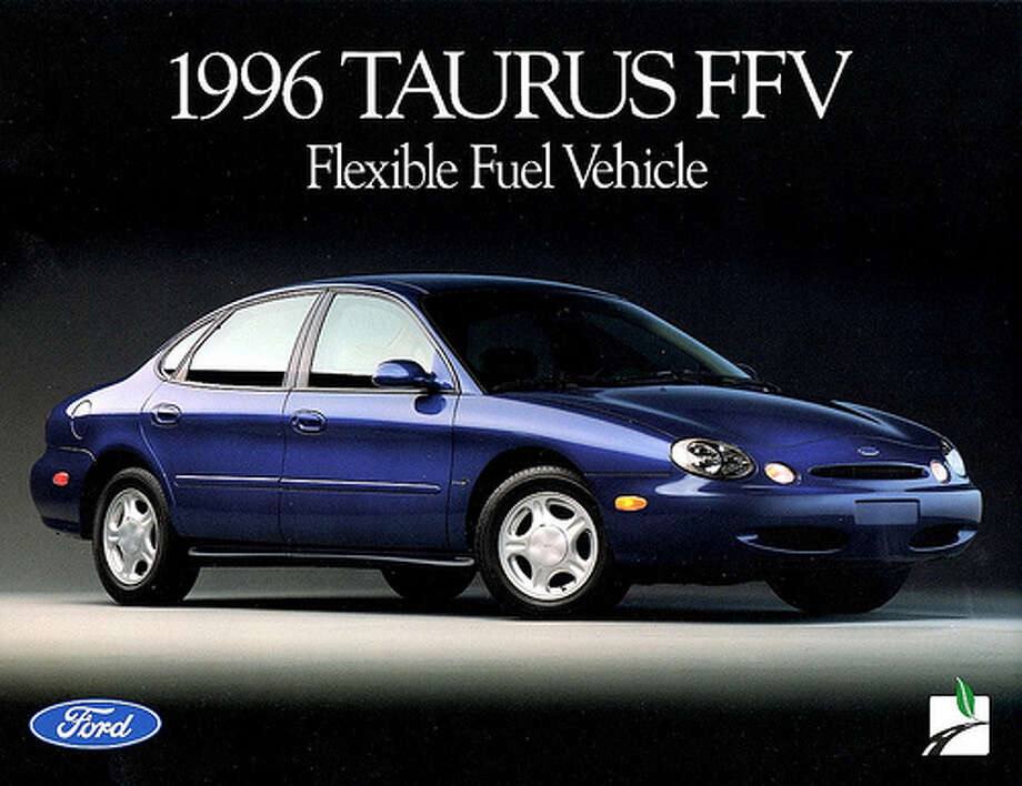 24. 1996 Ford Taurus -- The previous models of the Taurus had made it one of the best-selling sedans. The 1996 model was a style and performance setback, according to Edmunds. (Photo: AldenJewell, Flickr)