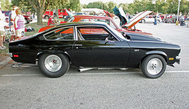 5. 1971 Chevrolet Vega -- This car has led a different life as a racer, but for the everyday driver, it faced problems with holding a key lubricant -- oil. That makes it one of the worst. (Photo: MyOld Postcards, Flickr)
