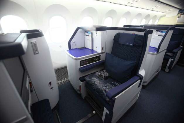 A seat is shown aboard the first Boeing 787 to provide commercial service to Sea-Tac Airport. Photo: JOSHUA TRUJILLO / SEATTLEPI.COM