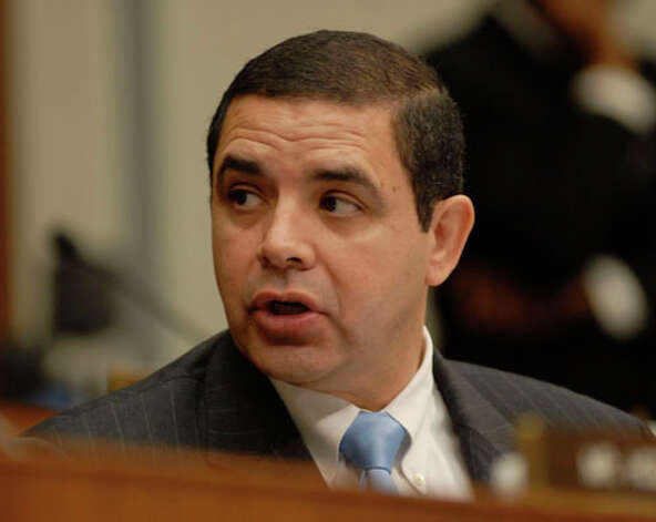 Rep. Henry Cuellar comments at a hearing. (Meredith Blinder / Hearst Newspapers)
