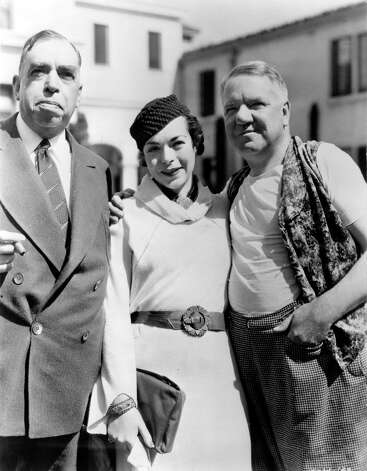 1935: Irvin S. Cobb, pictured on the left with his daughter Barbara Cobb and W.C. Fields. Photo: Hulton Archive, Getty Images / Hulton Archive