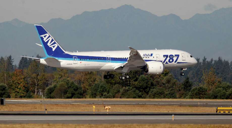 A Boeing 787 operated by All Nippon Airways lands at Seattle-Tacoma International Airport, Monday, Oct. 1, 2012, on the first day of service for the 787 on ANA's Seattle-Tokyo route. Photo: Ted S. Warren / Associated Press