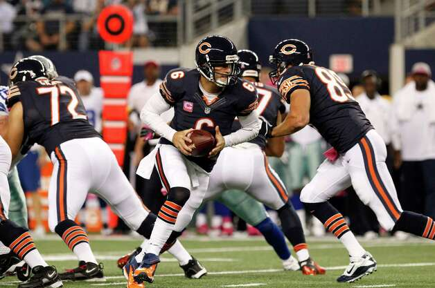 Chicago Bears quarterback Jay Cutler (6) drops back in the first half of an NFL football game against the Dallas Cowboys  Monday, Oct. 1, 2012, in Arlington, Texas. (AP Photo/LM Otero) Photo: LM Otero, Associated Press / AP