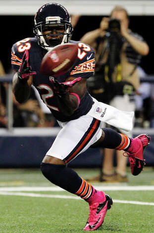 Chicago Bears wide receiver Devin Hester (23) makes a touchdown reception against the Dallas Cowboys during the second half of an NFL football game, Monday, Oct. 1, 2012, in Arlington, Texas. (AP Photo/LM Otero) Photo: LM Otero, Associated Press / AP