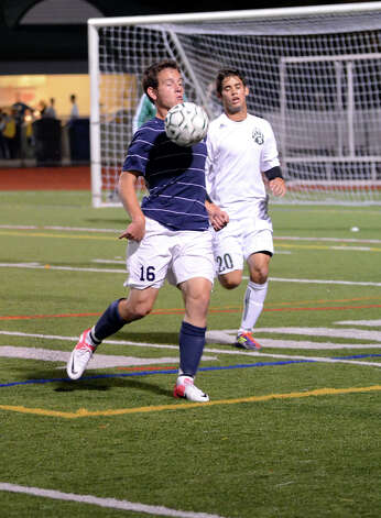 Staples' Joe Greenwald (16) controls the ball during the boys soccer game against Norwalk at Norwalk High School's Testa Field on Monday, Oct. 1, 2012. Photo: Amy Mortensen / Connecticut Post Freelance