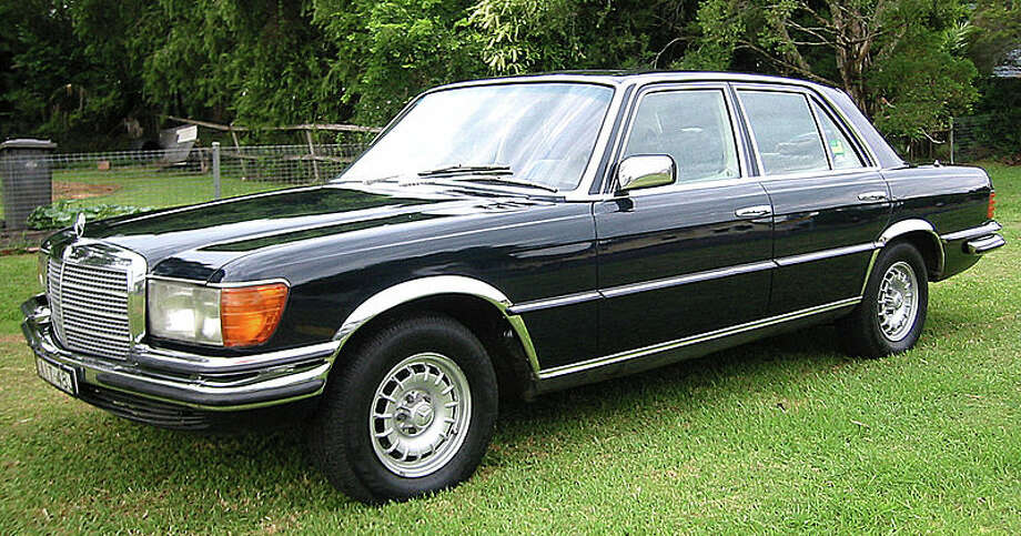 43. 1979 Mercedes-Benz 300SD