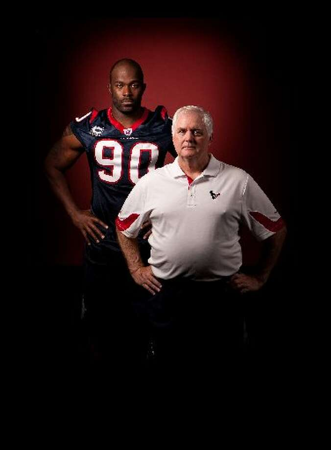Wade Phillips and Mario Williams was a combination the Texans were excited about.  (Nick de la torre / Houston Chronicle)