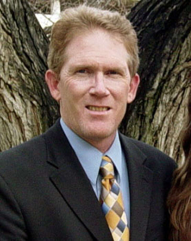 Candidate:Tom HoeflingThe America's Party candidate is a political activist currently serving as the party's chairman. According to his website, he is known primarily for his pro-life work and his defense of the natural family and traditional marriage.Website: http://www.tomhoefling.com/ (Campaign photo) Photo: (file)