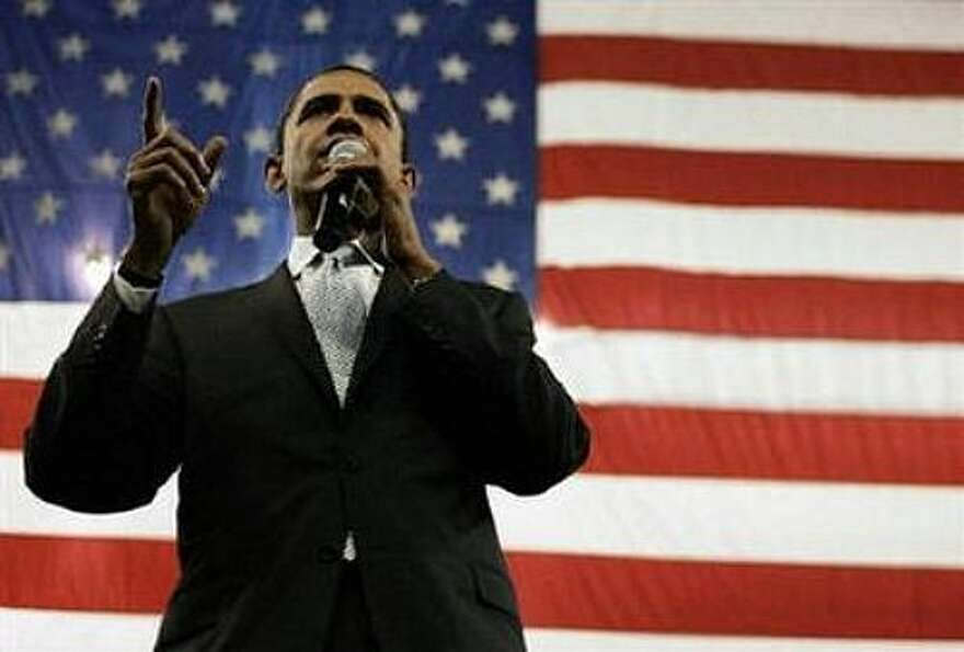 Barack Obama campaigns in Fort Worth. (AP photo)
