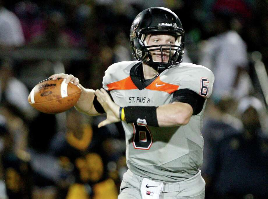 The quality of St. Pius quarterback Kohl Stewart will come as no surprise to St. Thomas, who is putting its undefeated mark on the line in the TAPPS 3-I opener against the Panthers Friday night. Photo: Thomas B. Shea / © 2012 Thomas B. Shea