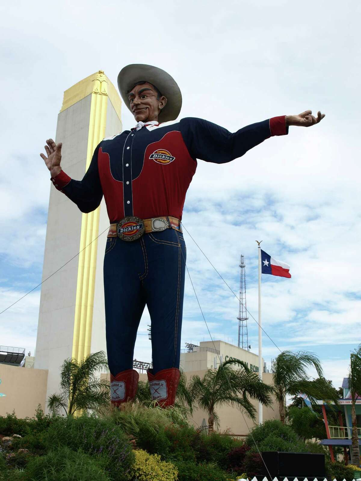 Big Tex weighs-in at 6,000 pounds and is 52 feet tall. He wears a 75-gallon hat and size 70 boots.