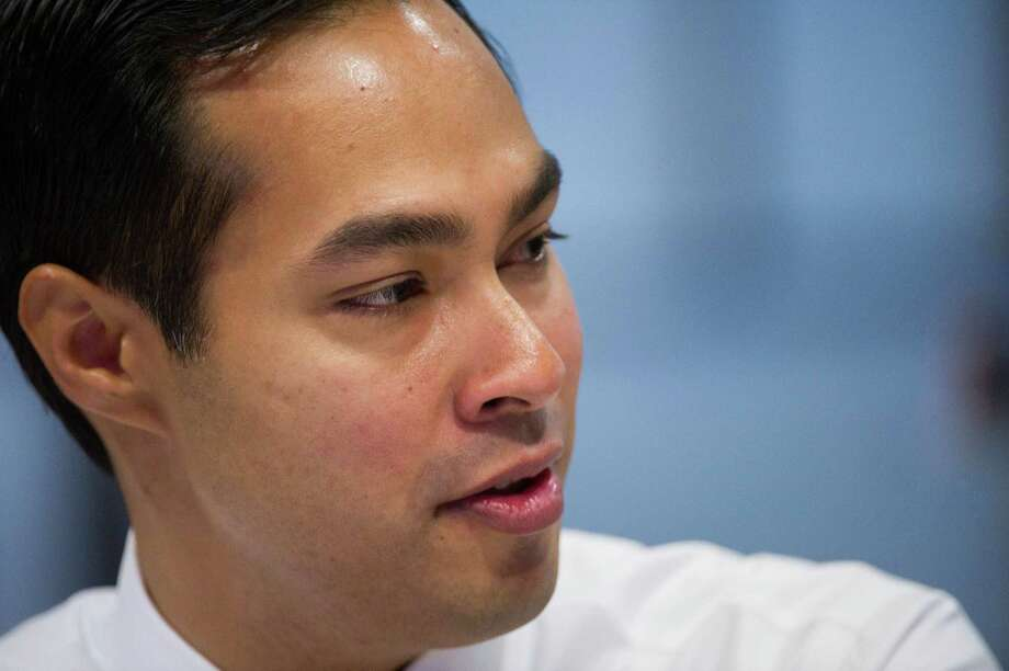 Mayor Julian Castro's proposed changes in the city's ethics ordinance are worthwhile, but city officials should acknowledge the existing code was violated in the negotiations for a convention center construction contract. Photo: David Paul Morris, Bloomberg / © 2012 Bloomberg Finance LP