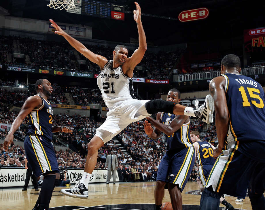 9. Because he has mad moves. Photo: EDWARD A. ORNELAS, SAN ANTONIO EXPRESS-NEWS / © SAN ANTONIO EXPRESS-NEWS (NFS)