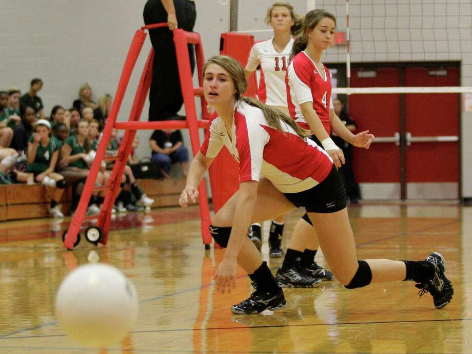 8/19/11:  Colleen Payne #15 of Katy Tigers watches a point score while playing against the Cy Falls Eagles  in a non district women's volleyball game at Katy High School in Katy, Texas. Cy Falls dominated Katy 3 games to 0. For the Chronicle: Thomas B. Shea Photo: Thomas B. Shea / Freelance