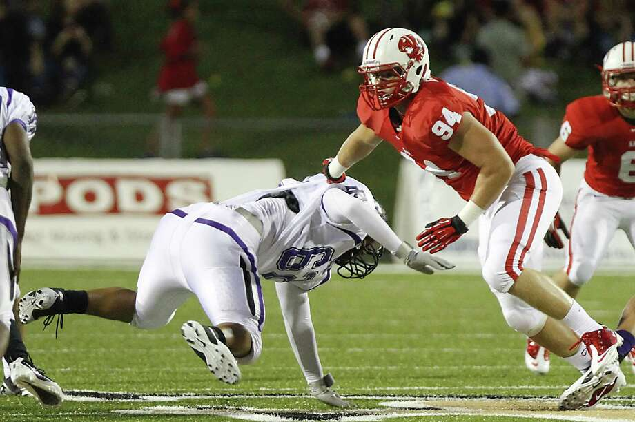 Katy defensive end Matt Dimon, No. 94, has been a mainstay for the Tigers since his sophomore season. Dimon is set to play for Oklahoma next season. Photo: Diana L. Porter / © Diana L. Porter
