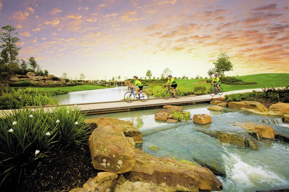 From trails to water parks, west Houston?s Cinco Ranch provides activities and amenities for year-round fun.