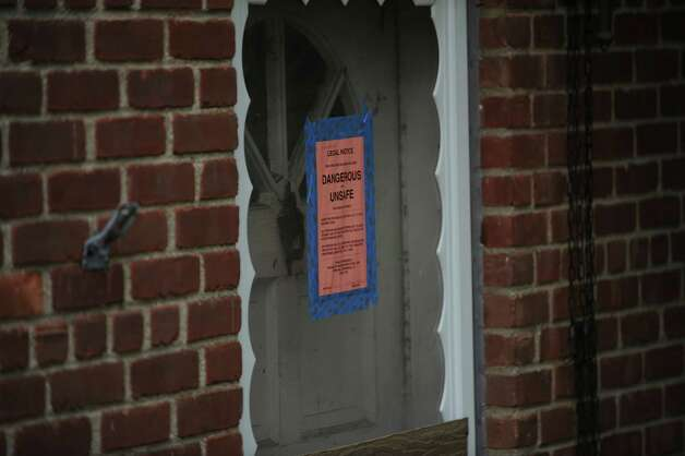 The scene of Tuesday's deadly fire at 46 Havemeyer Lane, Wednesday, Oct. 3, 2012. Photo: Helen Neafsey / Greenwich Time