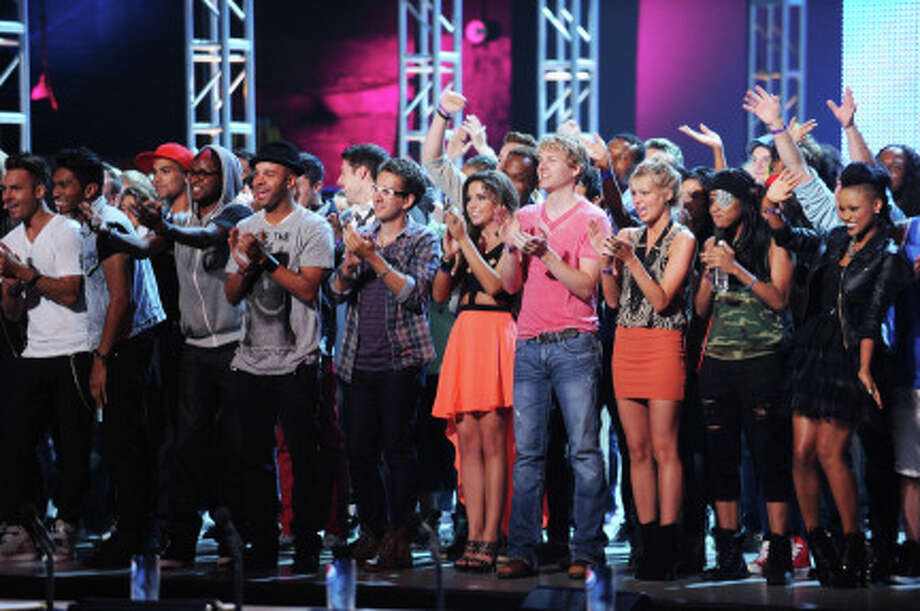 "THE X FACTOR: The contestants arrive on the first night of ""Boot Camp"" in Miami, FL. (                                                      )"