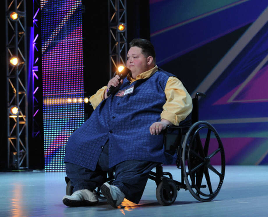 THE X FACTOR: Eddie Combs performs in front of the judges on an all new epsiode of THE X FACTOR airing Thursday, Sep. 27 (8:00-9:00PM ET/PT) on FOX. CR: Ray Mickshaw/ FOX (                                                      )
