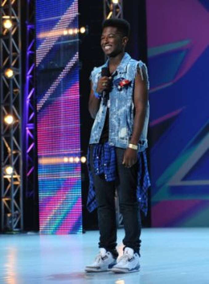 THE X FACTOR: Willie Jones performs in front of the judges on an all new epsiode of THE X FACTOR airing Thursday, Sep. 20 (8:00-9:00PM ET/PT) on FOX. CR: Ray Mickshaw/ FOX (                                                      )
