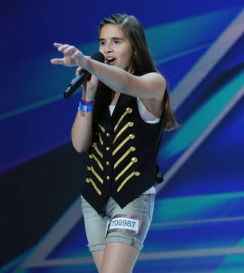 THE X FACTOR: Carly Rose Sonenclar performs in front of the judges on part-two of the two night season premiere of THE X FACTOR airing Wednesday, Sept. 12 and Thursday, Sept. 13 (8:00-10:00PM ET/PT) on FOX. CR: Ray Mickshaw/ FOX (                                                      )
