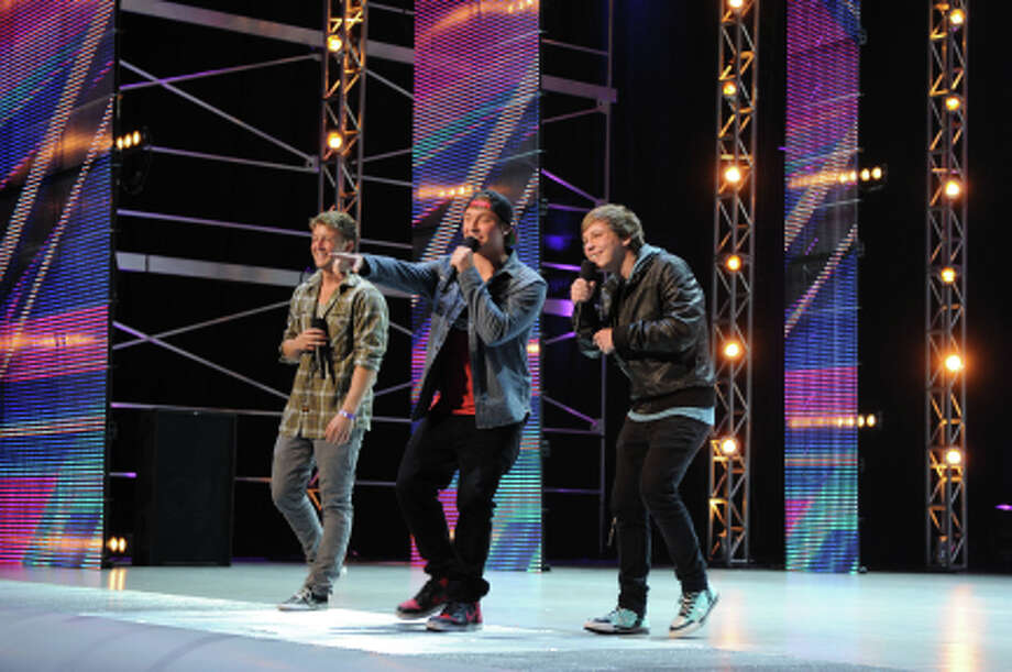 THE X FACTOR: EMBLEM3 performs in front of the judges on part-one of the two night season premiere of THE X FACTOR airing Wednesday, Sep. 12 and Thursday, Sep. 13 (8:00-10:00PM ET/PT) on FOX. CR: Ray Mickshaw / FOX (                                                      )