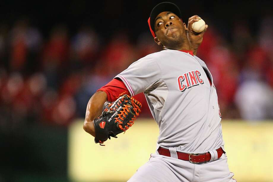 Closer Aroldis Chapman could be trading his Reds cap for Dodger blue Photo: Dilip Vishwanat, Getty Images