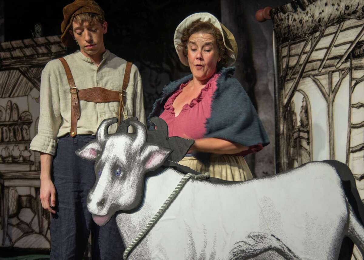 âÄúInto the WoodsâÄù is on stage at Brookfield Theatre for the Arts through Oct. 13.