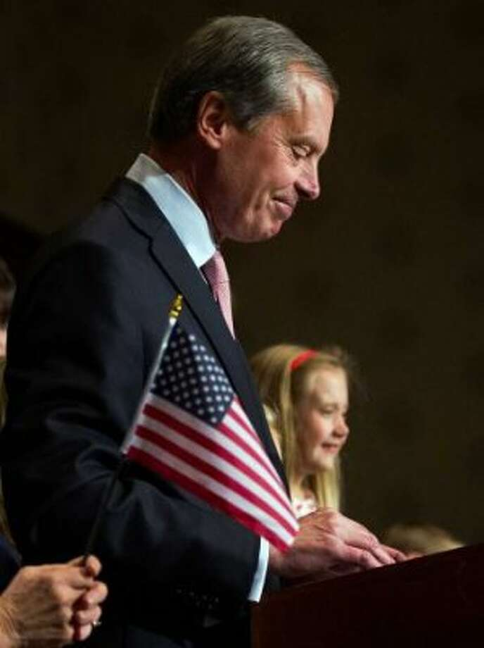 David Dewhurst and his daughter on primary night in Houston. (Smiley Pool / Houston Chronicle)