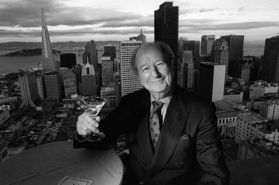 Herb Caen in the Crown Room atop the Fairmont Hotel in 1996. Photo: RUSSELL YIP / Russell Yip / The Chronicle 1996 / ONLINE_YES