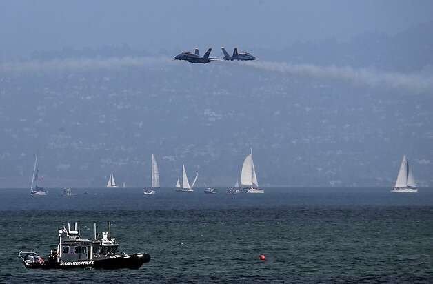 The Blue Angels practice for Saturday's Fleet Week performance in San Francisco, Calif. on Thursday, Oct. 4, 2012. Photo: Paul Chinn, The Chronicle