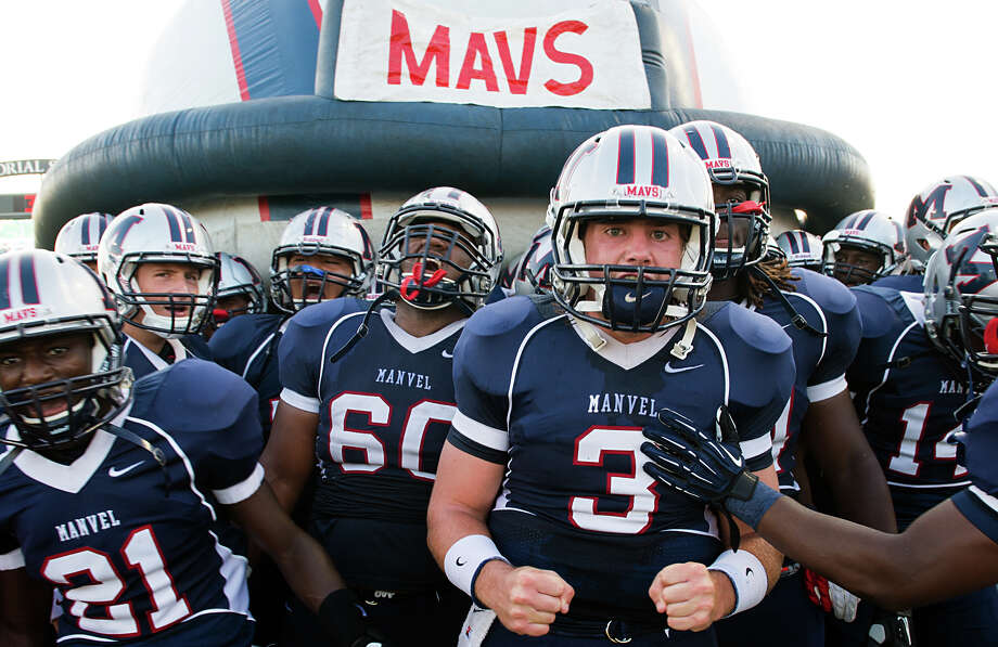 Quarterback Shane McCarley (3) and his Manvel teammates can't wait to take on nearby Alvin for the first time Friday at their shared stadium. Photo: Smiley N. Pool / © 2012  Houston Chronicle