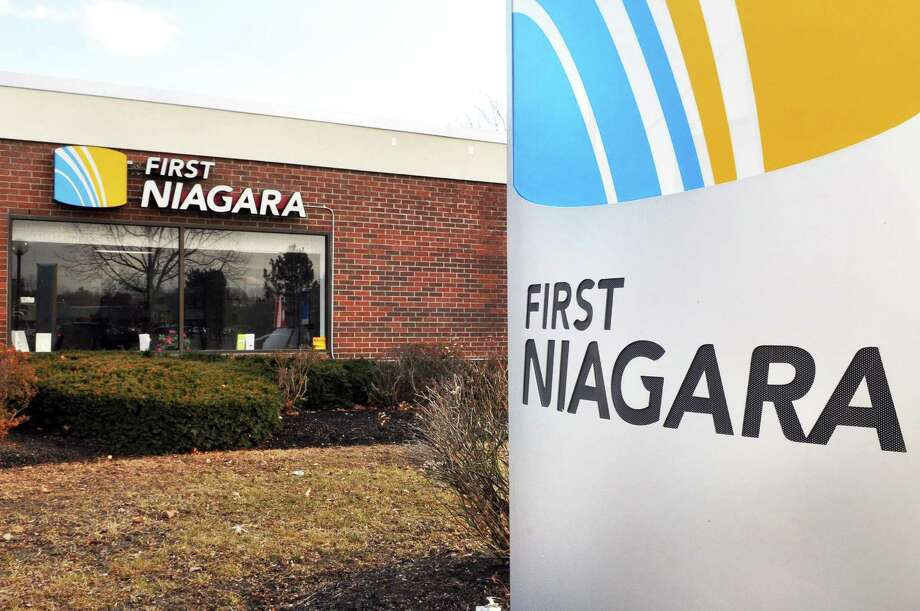 First Niagara Bank branch at 103 Wolf Road in Colonie Friday Feb. 17, 2012.   (John Carl D'Annibale / Times Union) Photo: John Carl D'Annibale / 00016483C