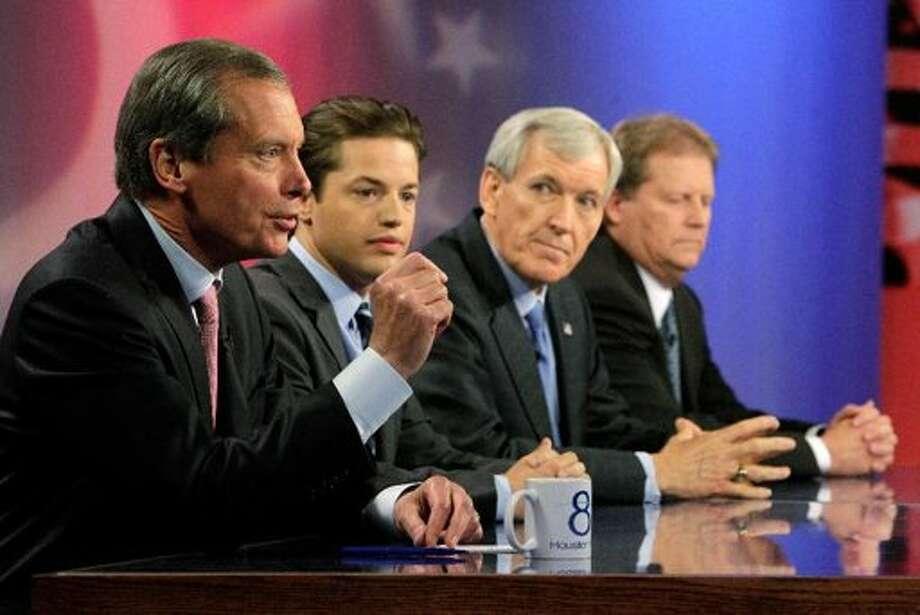 A bipartisan debate. (Mayra Beltran / Houston Chronicle)
