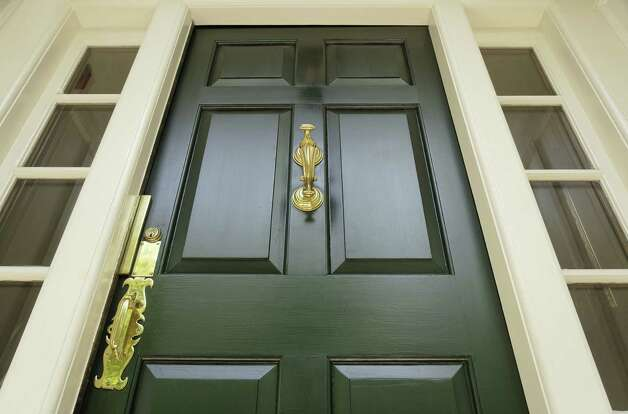 Perk up the front door with a fresh coat of paint. Photo: Fotolia