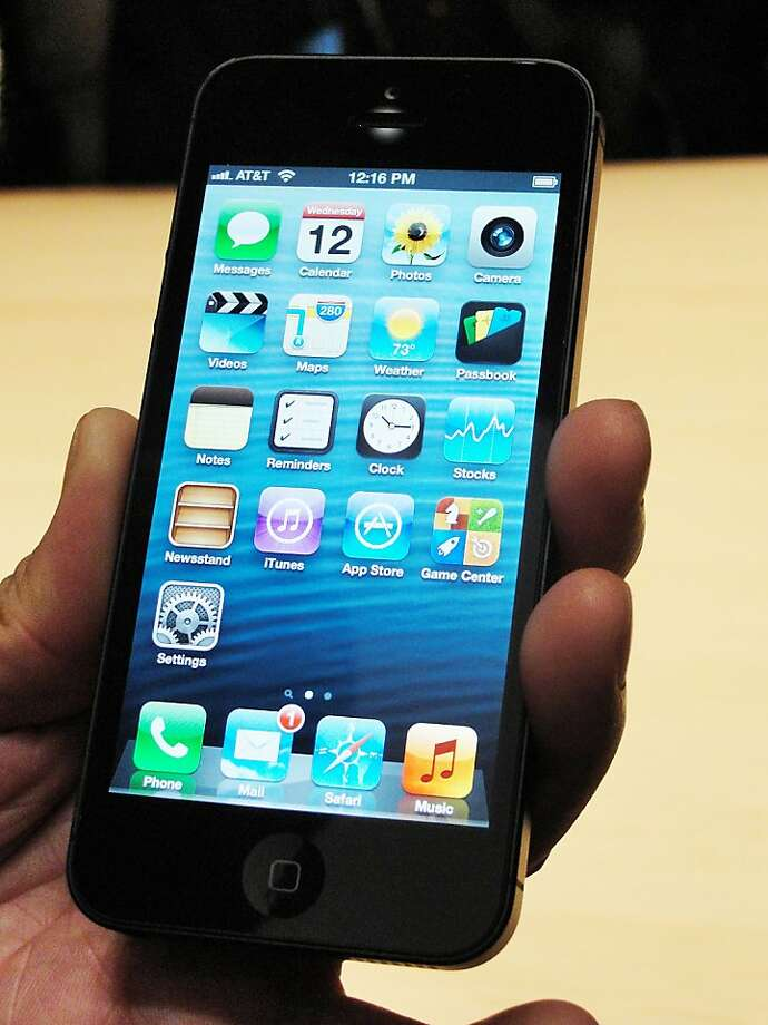 Consumer Reports says the iPhone 5 is among the best on the market. Photo: Glenn Chapman, AFP/Getty Images