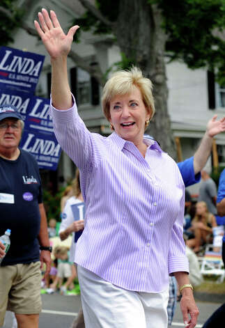 Linda McMahon walks in the Labor Day Parade in Newtown Monday, Sept. 3, 2012. Photo: Carol Kaliff / The News-Times