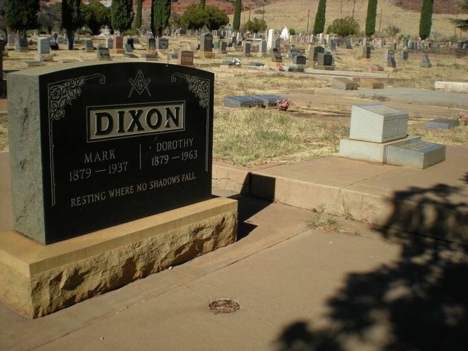 A grave at the Evergreen Cenmetery in Bisbee, Ariz. More than 10,000 bodies were moved to the cemetery after a consolidation of city cemeteries before World War I. (J. Bair)