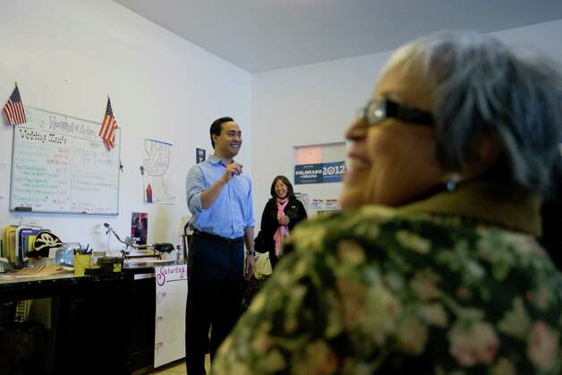 State Rep. Joaquín Castro addresses a crowd of volunteers at the Obama for America West office in Denver, Saturday, Oct. 6, 2012, before the group begins canvasing the streets to register people to vote in the Nov. 6 general election. Photo: Justin Edmonds, For The Express-News / © 2012 Justin Edmonds