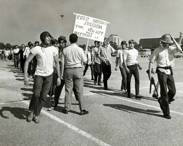 Rice's first campus protest rally of the season attacks war, Sept 24, 1969.