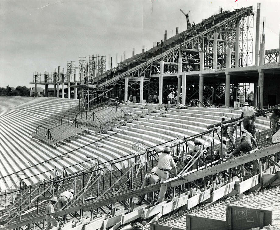 Construction of Rice Stadium. Photo: Houston Chronicle File Photo